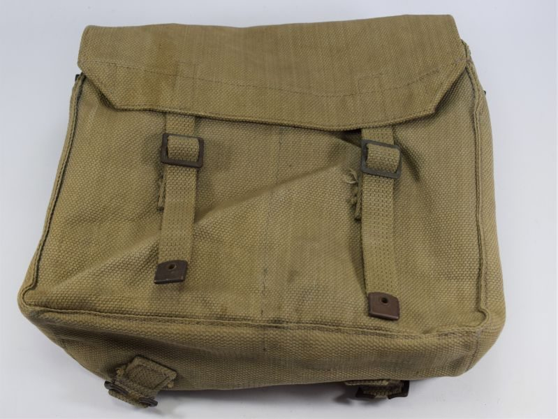 14 Excellent WW2 RAF Small Pack MECo 1942