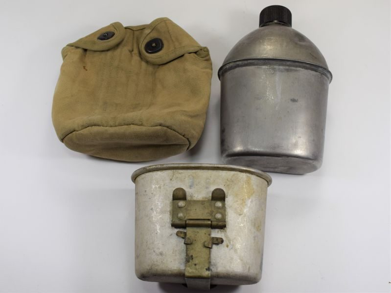 WW2 US Army Water Bottle, Cup & Cover 1943