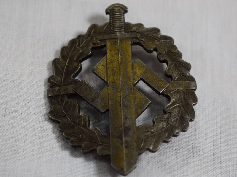 Good Original 1930s WW2 Nazi SA Sports Badge in Bronze