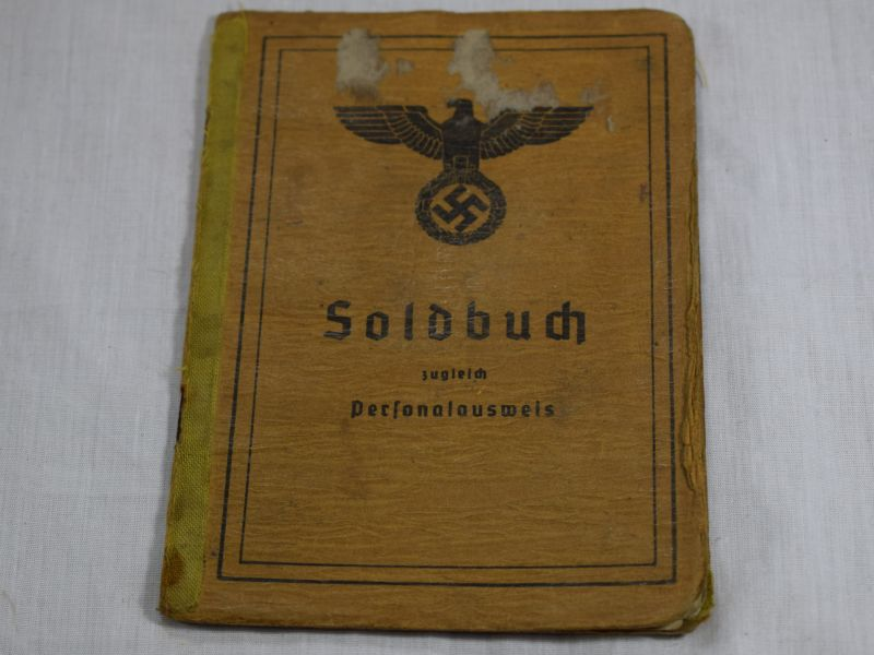 Original WW2 German Soldbuch to Erich Schmidt packed full of information