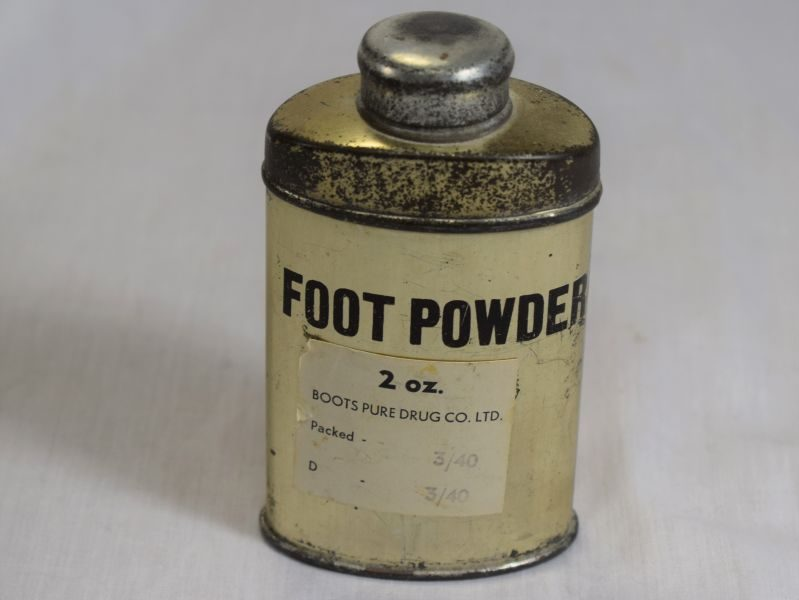 WW2 British Army Issue Foot Powder Dated 1940