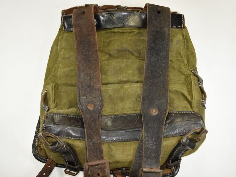 Excellent WW2 German Army Pony Fur Tournister Back Pack