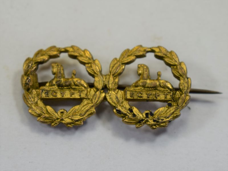 WW1 WW2 Gloucestershire Regt Back Badge Pair Sweetheart Brooch