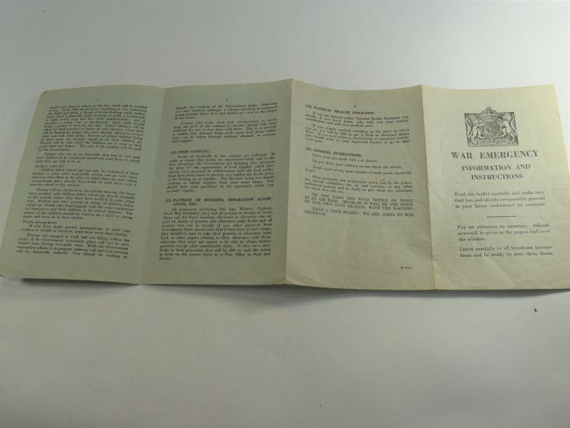 19 Original WW2 War Emergency Information & Instructions Fold Out Leaflet