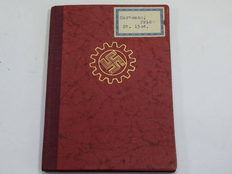 26 Original WW2 German Workers Front Members Book