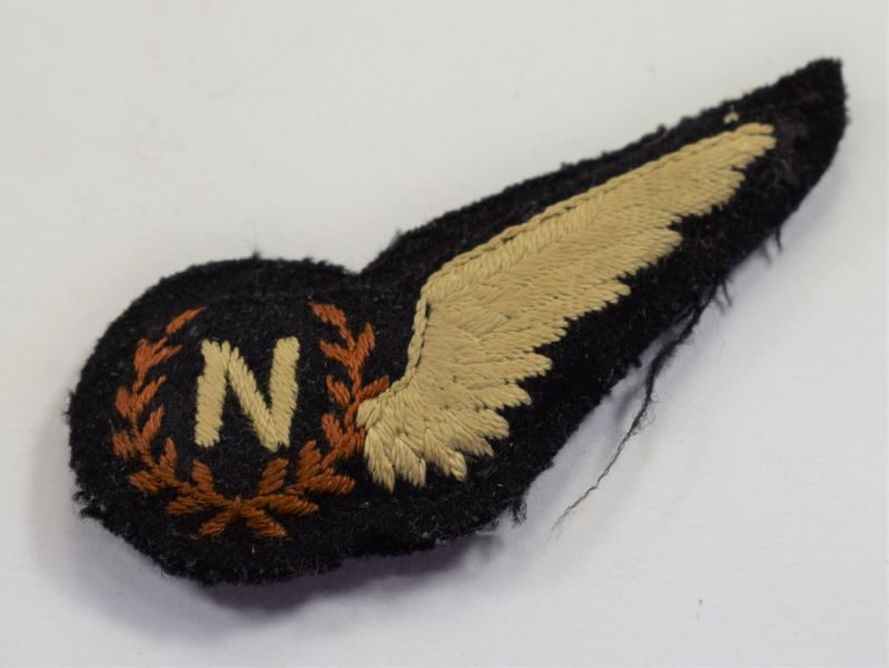 29 Excellent Original WW2 Era RAF Navigators Padded Brevet