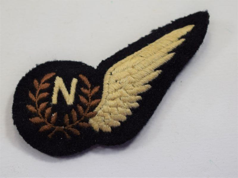 30 Excellent Original WW2 Era RAF Navigators Padded Brevet