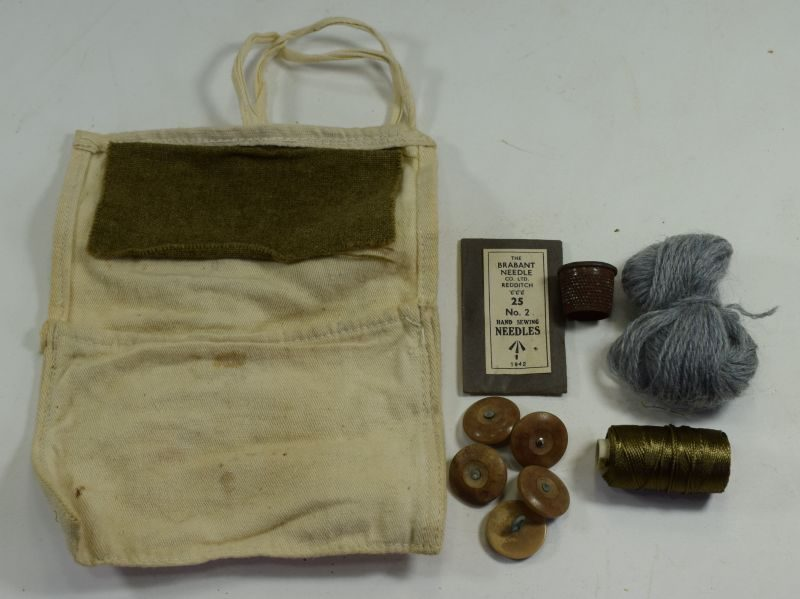 WW2 British Army Issue Housewife Sewing Kit & Contents