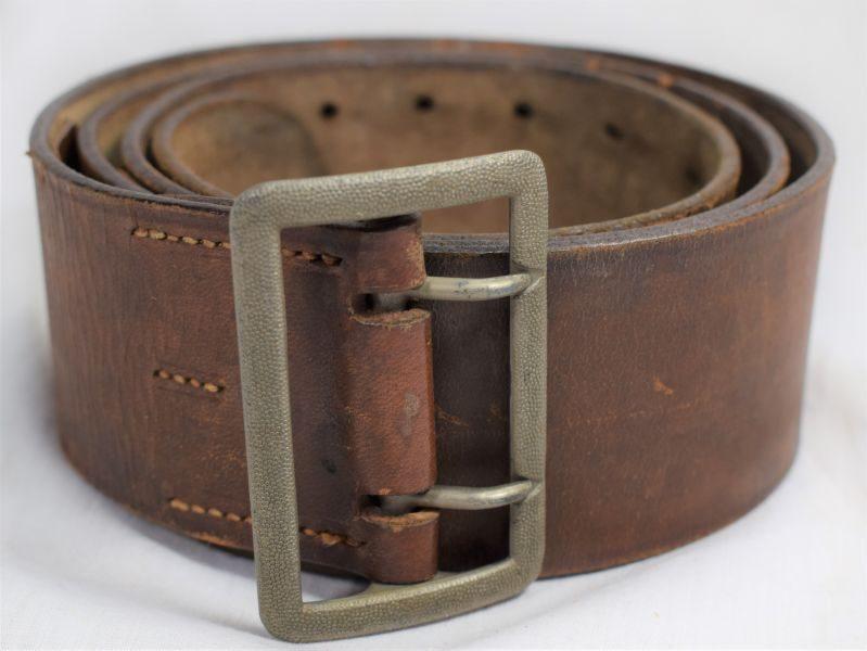 Excellent Large WW2 German Model 1934 Officers Brown Leather Waist Belt 55mm