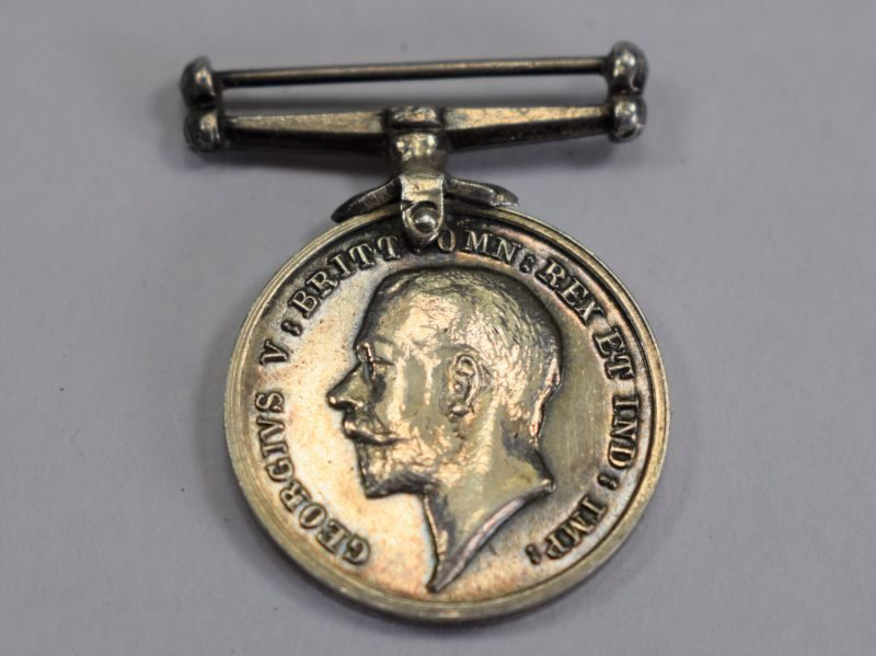 Original WW1 British Silver War Medal Miniature