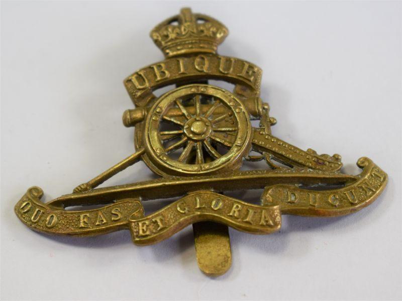 Original WW1 WW2 Cap Badge to the Royal Artillery