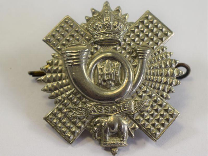 Original WW1 WW2 Cap Badge to the Highland Light Infantry