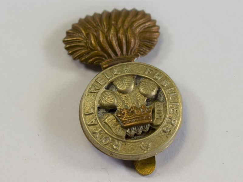 Original WW1 WW2 Cap Badge to the Royal Welch Fusiliers