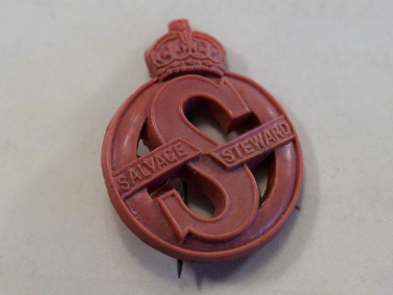 21 Excellent Original WW2 British Salvage Steward Pin Back Plastic Badge
