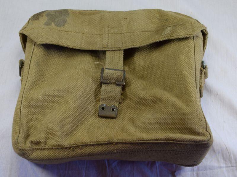 23 Original WW2 British Army Satchel Signals for Wireless Set Kit MECo 1943