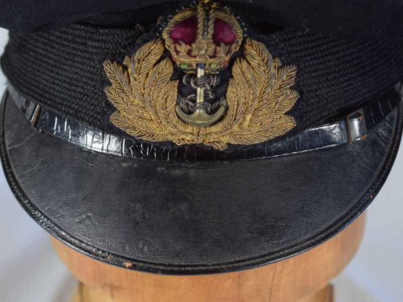Excellent Original WW1 WW2 Royal Navy Officers Peaked Cap