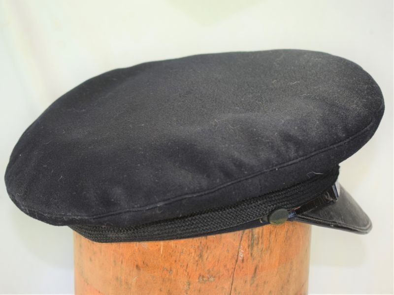 Excellent Original WW1 WW2 Royal Navy Officers Peaked Cap
