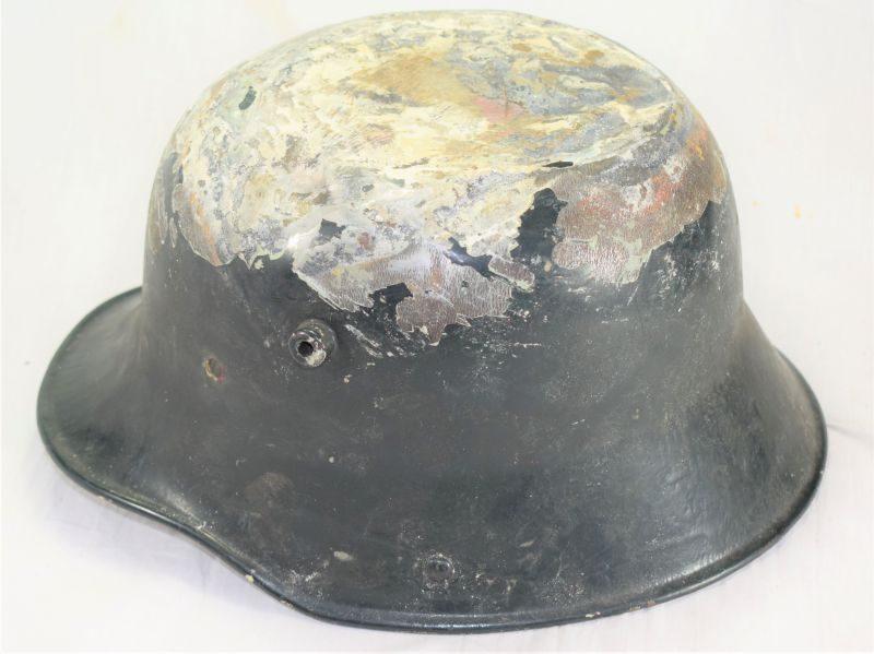 Tatty Original WW1 German Army M16 Steel Helmet