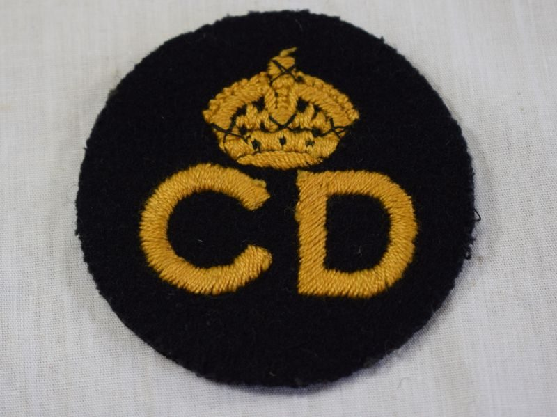 Original WW2 Civil Defence Beret & Breast Badge, round badge with crown over CD
