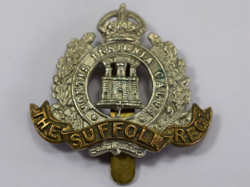 41 Original WW1 WW2 The Suffolk Regiment Bi-Metal Cap Badge