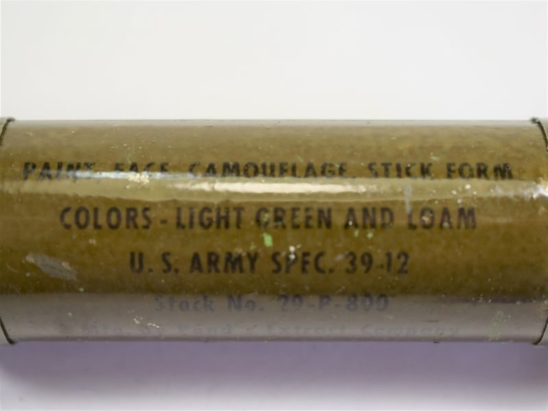 46 Original WW2 US Army Face Paint Camouflage Stick Double Colours Light Green & Loam