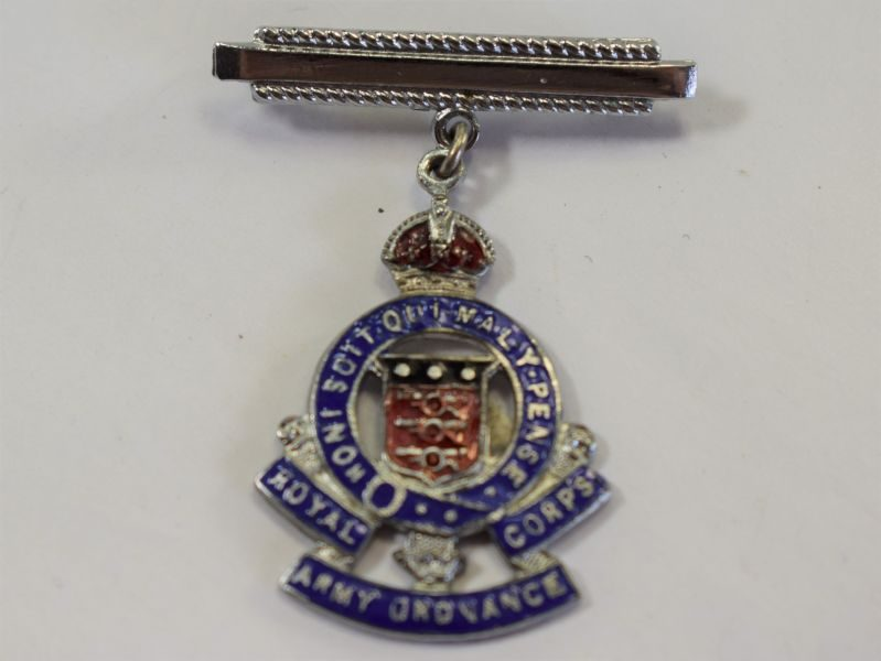 49 Excellent WW2 Royal Army Ordnance Corps Pin Brooch