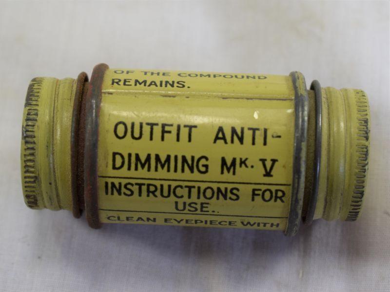 WW2 British Respirator Outfit Anti-Dimming MKV