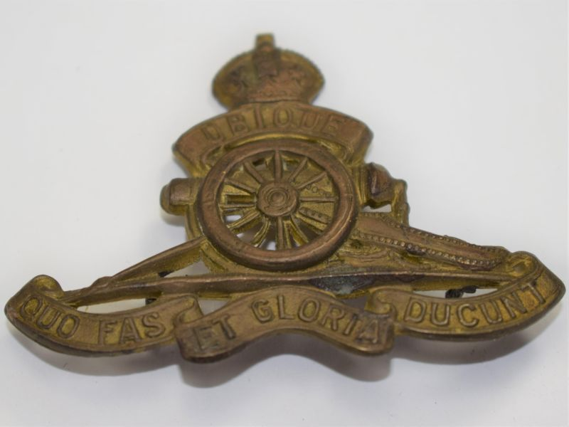 18 Original WW1 WW2 Cap Badge The Royal Artillery