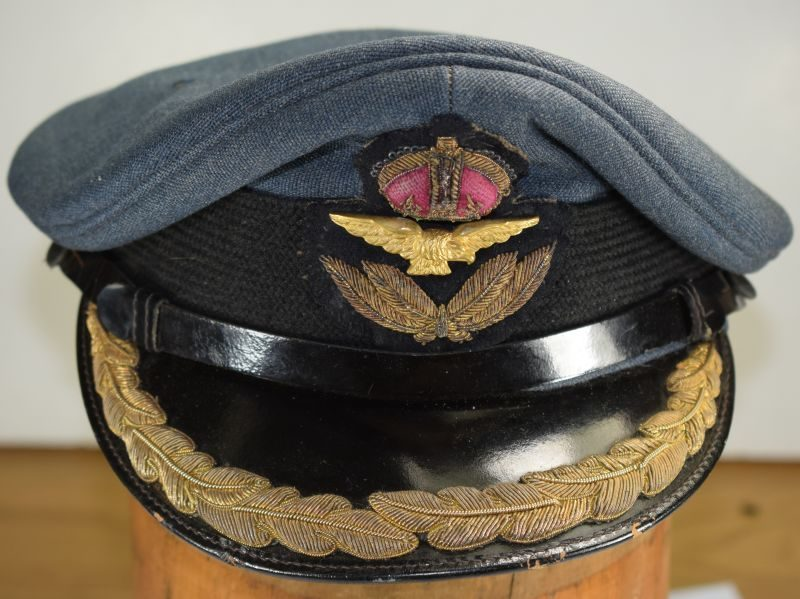 Excellent WW2 Era RAF Squadron Leaders Peaked Cap With Peak Rank