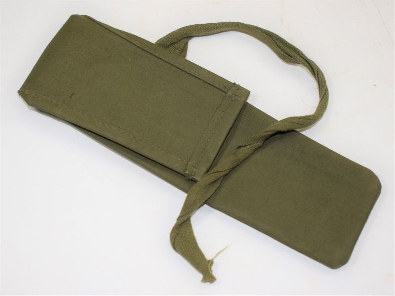 Late WW2 – Post War 44 Pat Jungle Green Rubberised Waterproof KFS Pouch