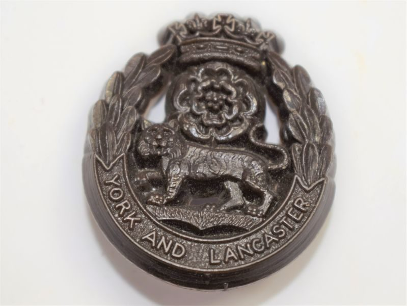 61 Original WW2 Plastic Economy Cap Badge to The York & Lancaster Regiment