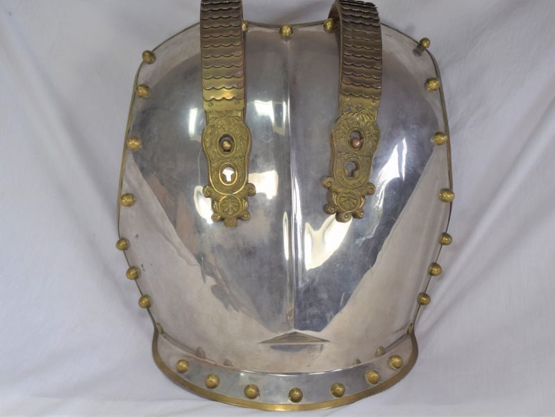 Excellent Original Royal Horse Guards Brest Plate & Lobster Scale Straps