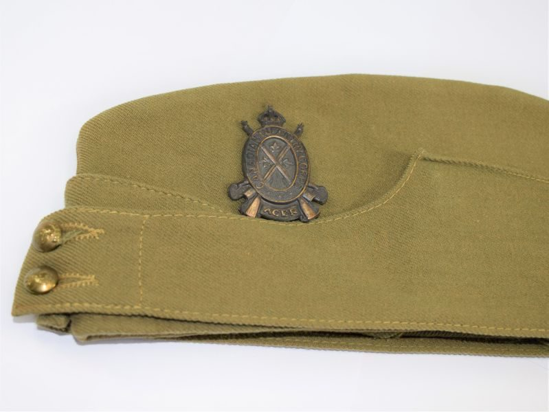 Excellent WW2 Canadian Made Field Service Cap & Original Canadian Infantry Corps Badge