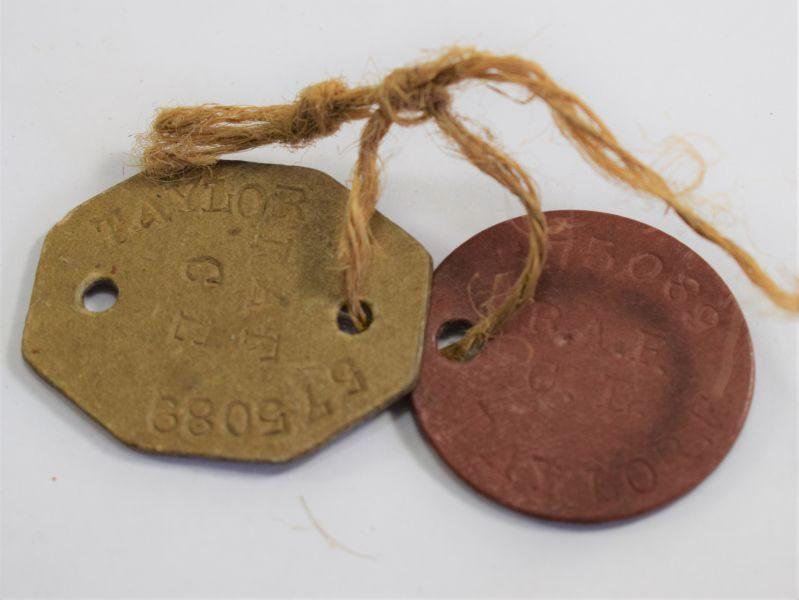 Original WW2 Dog Tag Pair to 575089 F.Taylor RAF