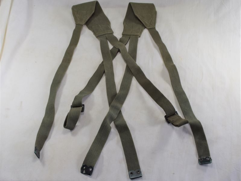 Original Late WW2 British 1944 Pattern Webbing Yoke Dated 1945
