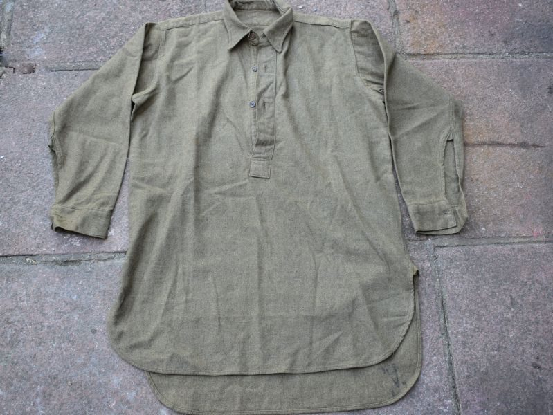 Excellent Original WW2 British Army 3 Button Front Overhead Shirt