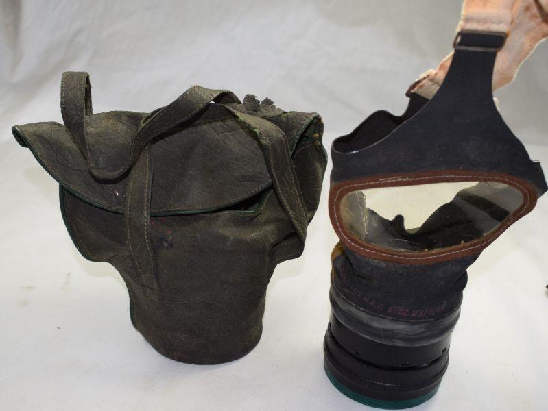 WW2 British Civilian Respirator in Private Purchase Case With Woman's ID