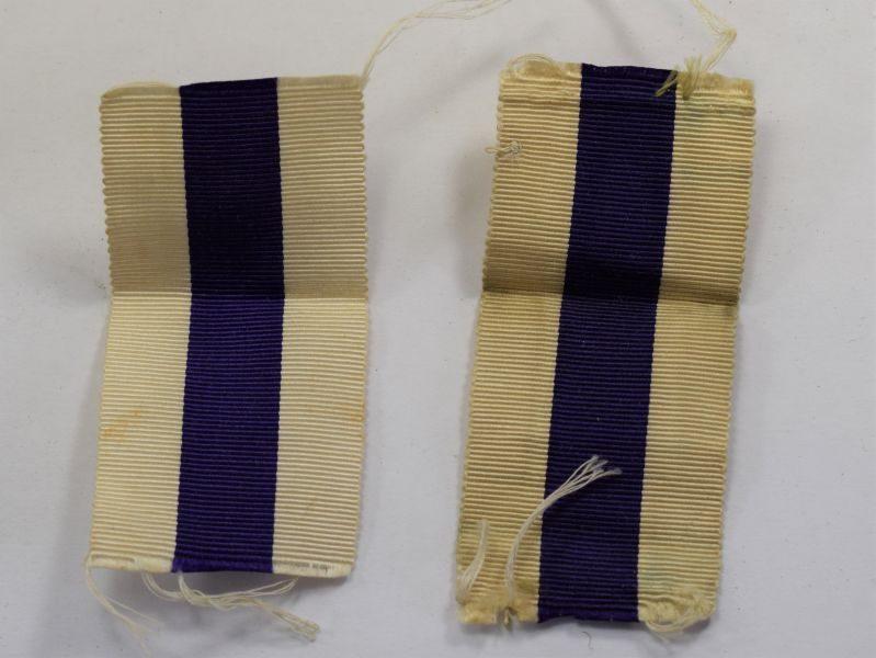 A Pair of Original WW1 WW2 Military Cross Medal Ribbons