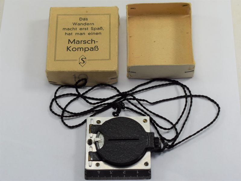 Excellent 1930s-WW2 German Hitler Youth Marching Compass & Issue Box