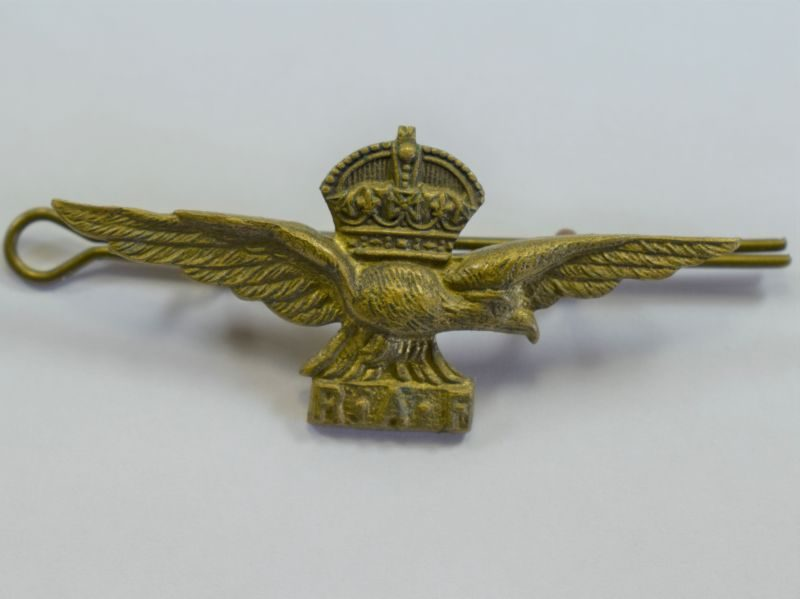 Excellent Original WW2 Locally Made RAF Albatross Cap Badge