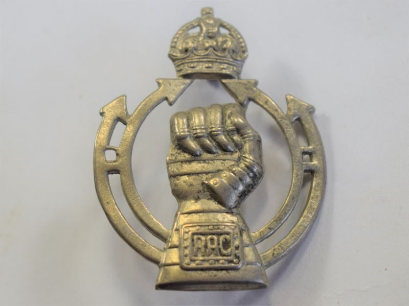 90 Original WW2 Royal Armoured Corps Cap Badge
