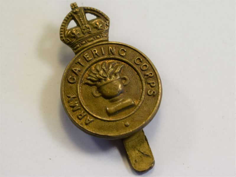 26 An Original WW2 Cap Badge The Army Catering Corps