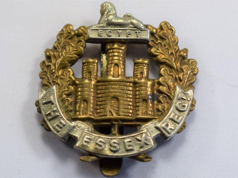 30 An Original WW1 WW2 Cap Badge The Essex Regiment