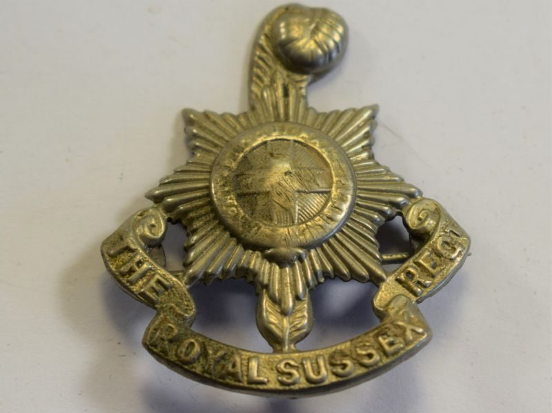 32 An Original WW1 WW2 Pin Badge The Royal Sussex Regiment