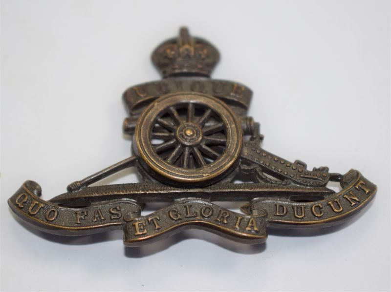36 An Original WW1 WW2 Officers Bronze Cap Badge The Royal Artillery