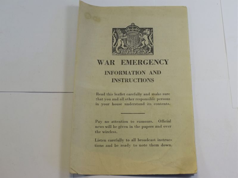 50 Interesting Original Fold Out Leaflet War Emergency Information & Instructions