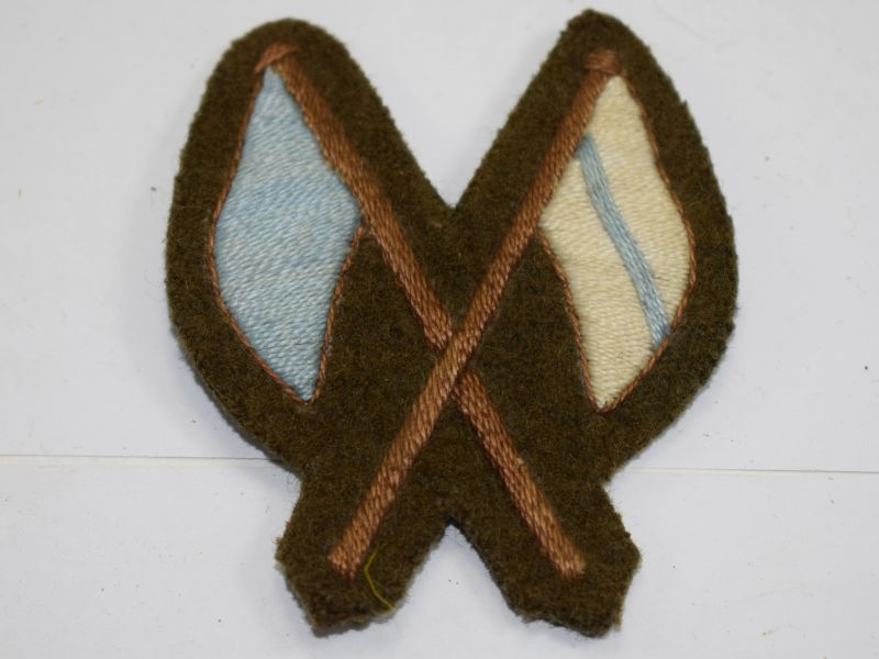 65 WW2? British Army Signal Mans Cloth Sleeve Badge