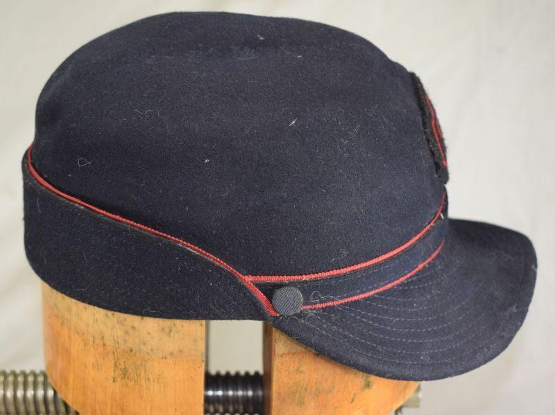 Excellent Vintage WW2? GPO Wool Fur Felt Peaked Cap