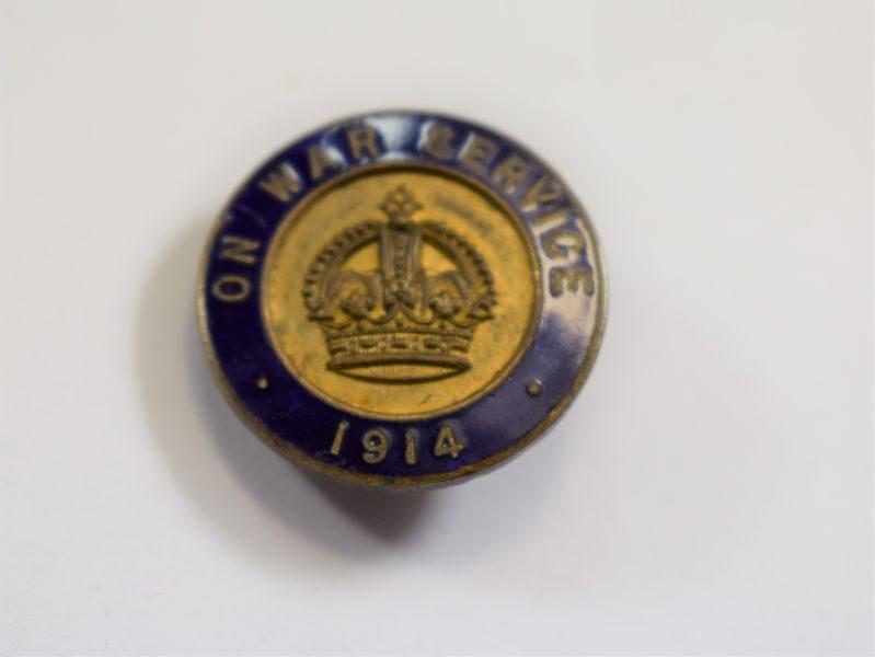 82 Original WW1 British On War Service 1914 Enamelled Lapel Badge Bliss Bros Bham