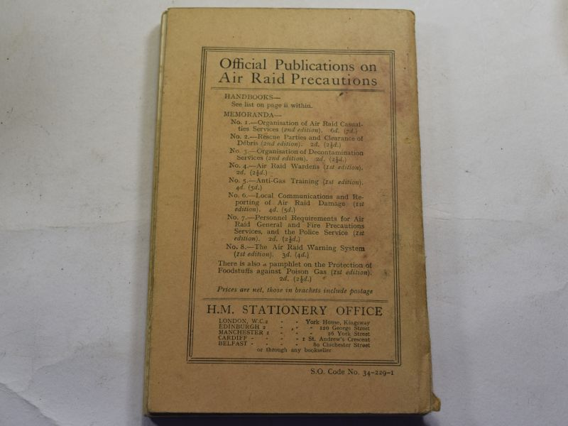 82 Original WW2 Air Raid Precautions Handbook No1 Personal Protection Against Gas
